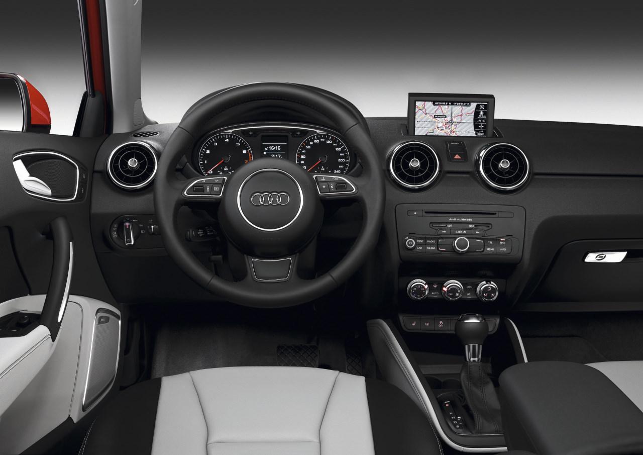 Armaturenbrett audi  Fotos Audi , Foto 64205